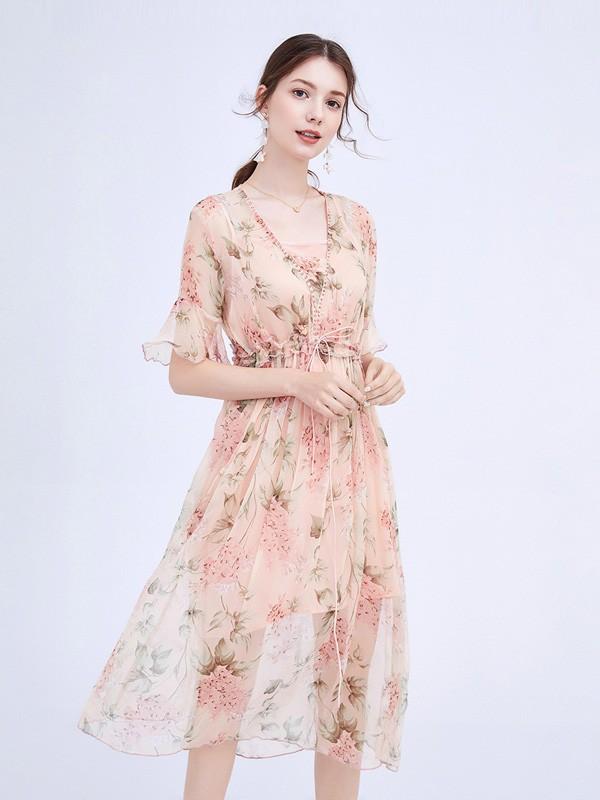 连衣裙让你穿出仙气十足 小个子女生也可以选择