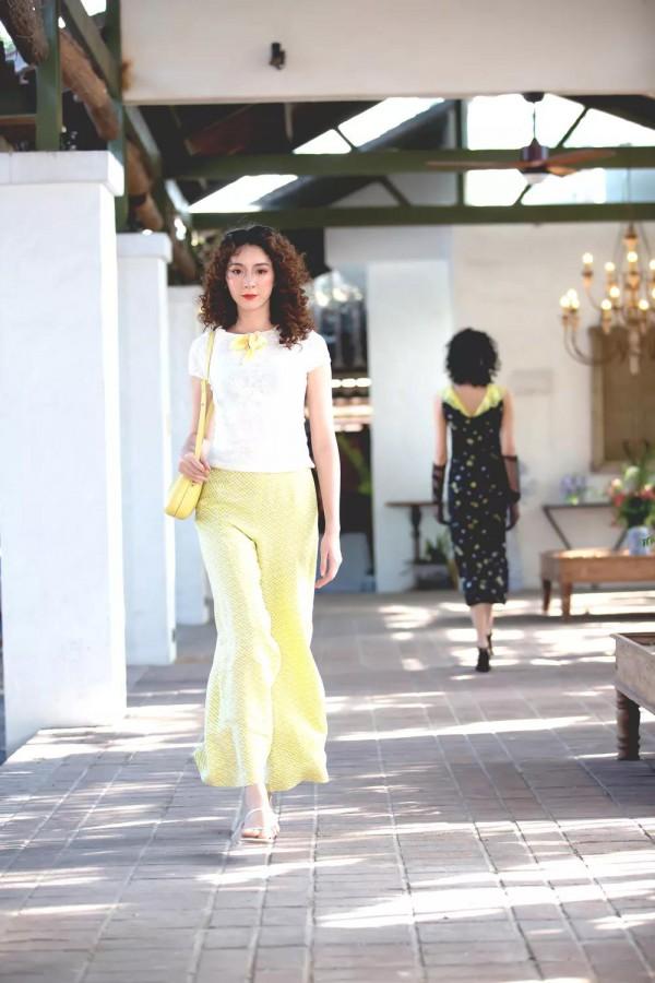 香莎2020春夏新品发布会 延续品牌优雅经典的花卉艺术设计理念