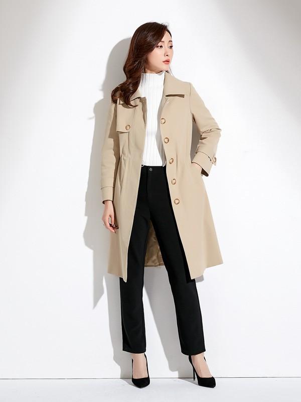 大衣在过年的时候穿好不好看 爱依莲为你解答