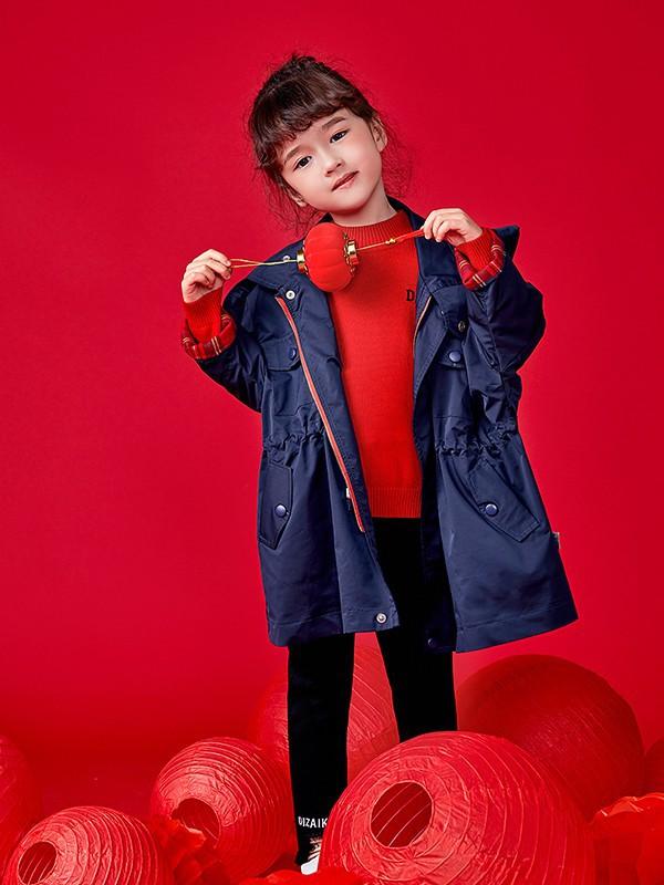新年儿童穿搭技巧 让你的孩子乖巧又不失喜庆