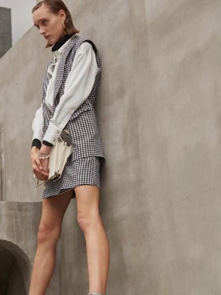 E+女装百变格纹新品 这个秋天你值得拥有!