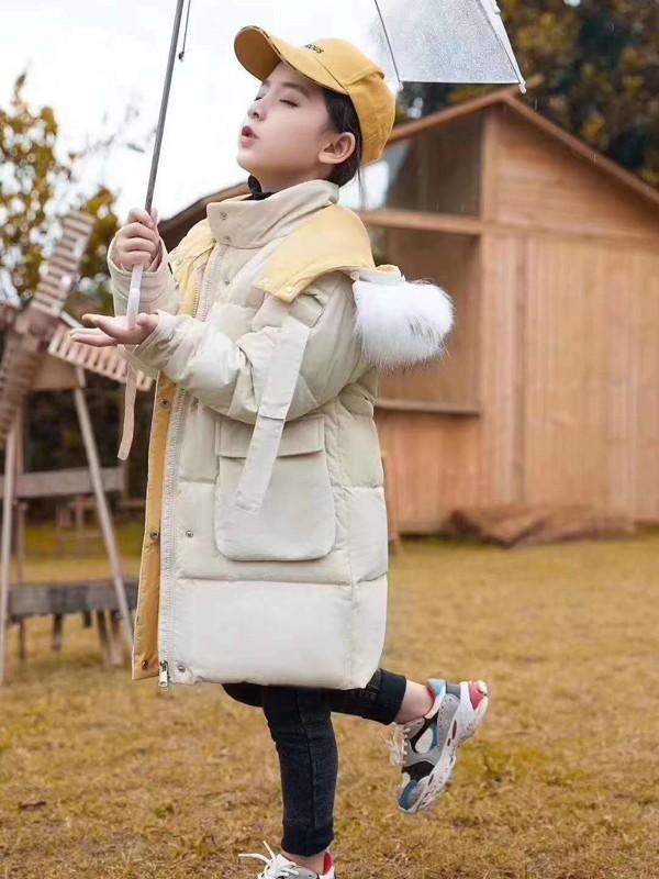 孩子冬天穿什么?这件羽绒服保护儿童的温暖
