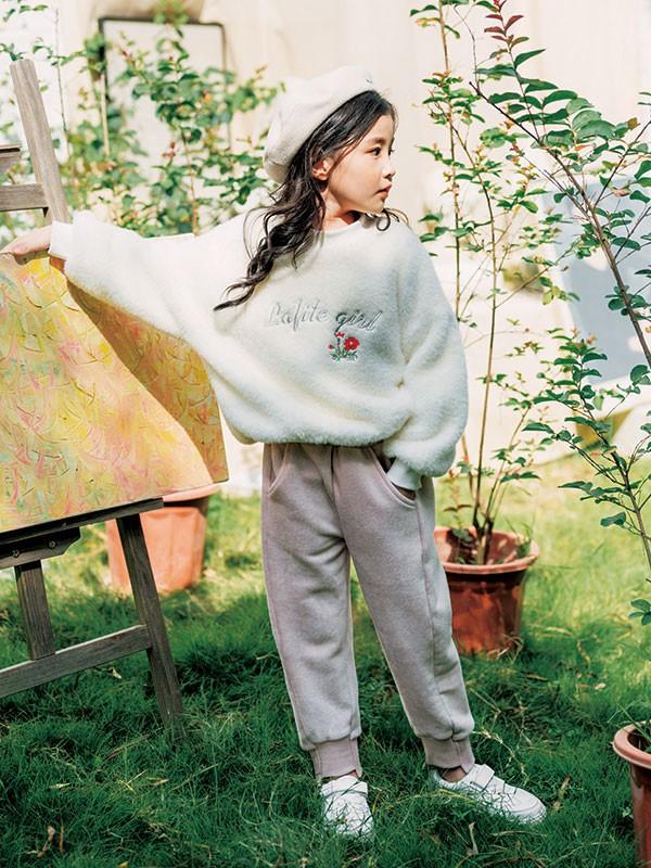 """""""德斯汤姆""""让您的孩子在冬天更温暖、更时尚"""