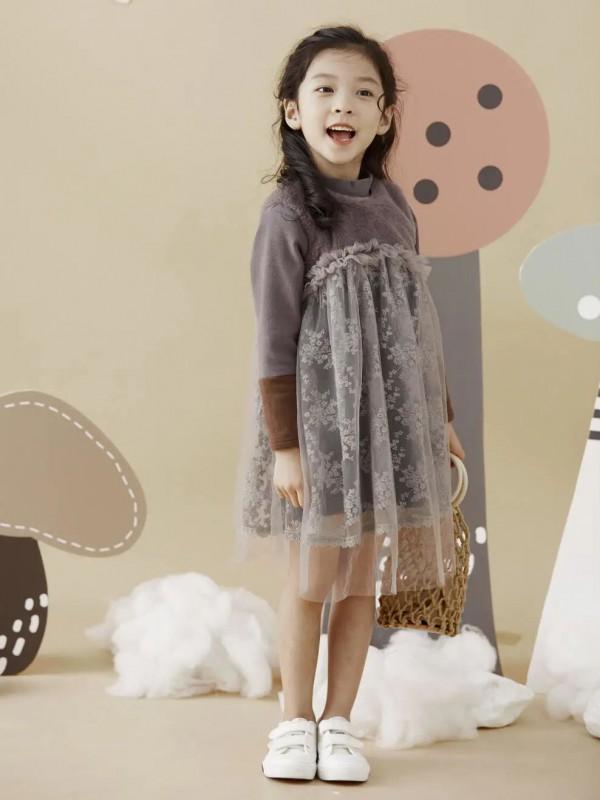 小女孩冬天的连衣裙超好看 DC童装的森林公主梦