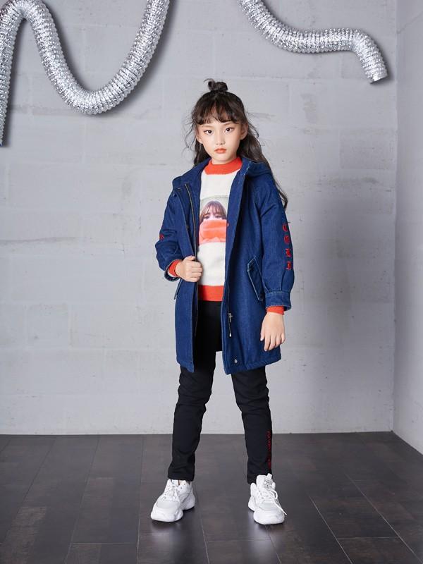 女孩子有哪些时髦的外套搭配 可趣可奇童装教你怎么搭配