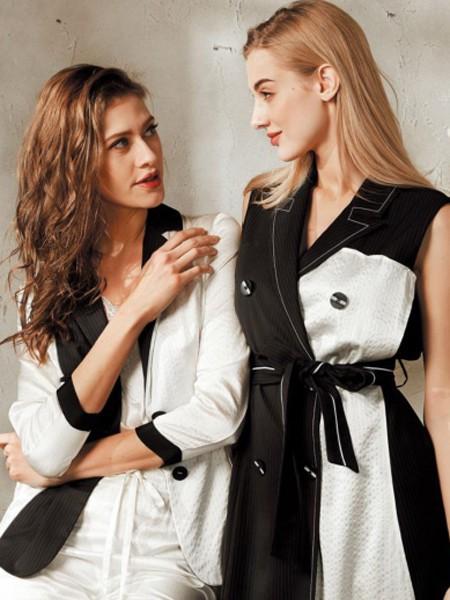 想要开一家女装加盟店不知道选什么品牌?质萃给你更好的选择