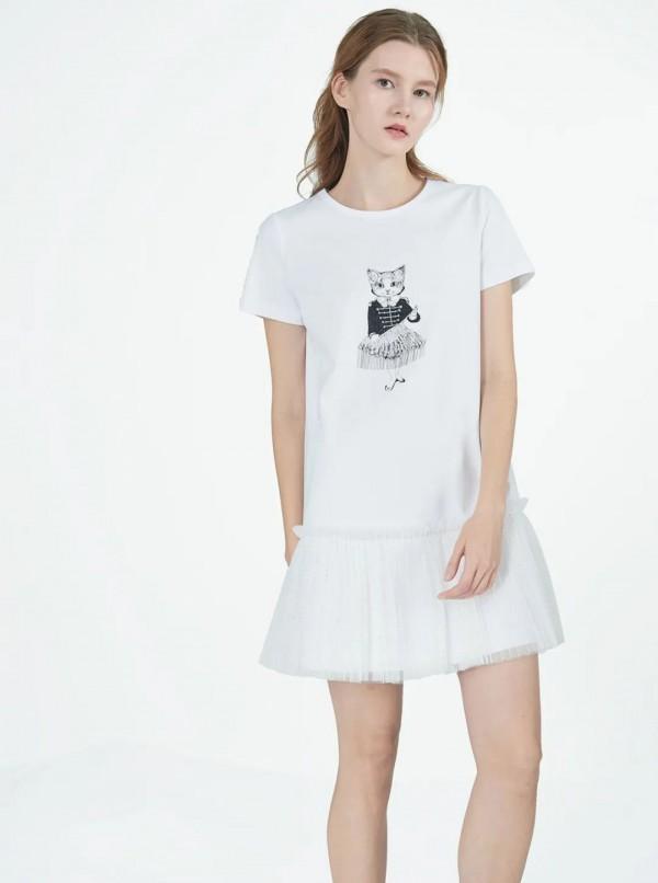 AIVEI品牌手绘风T恤上市 短款T恤穿出高腰线
