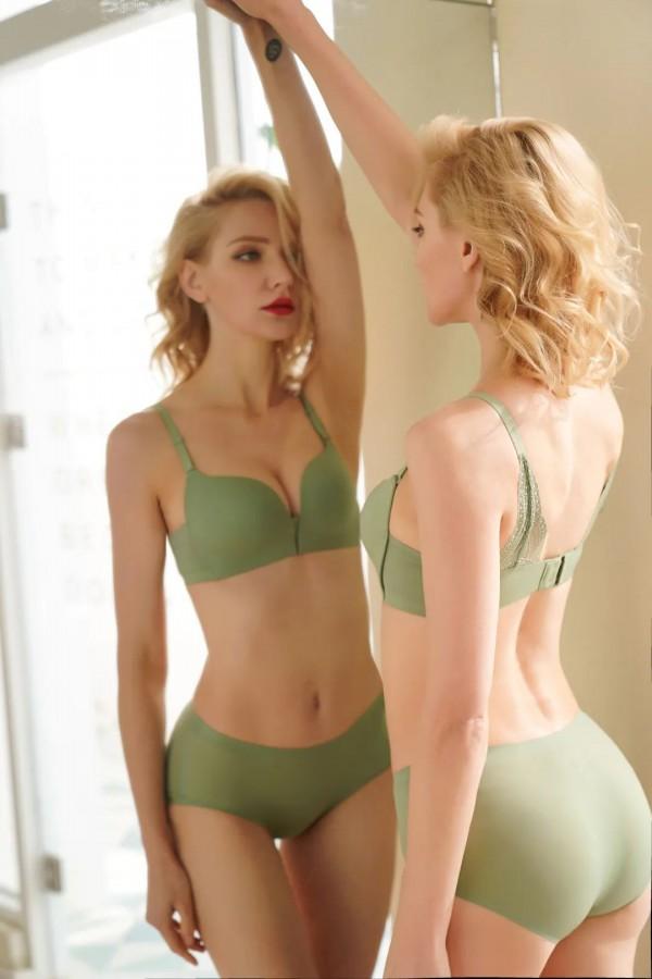 2030时尚内衣 轻薄柔穿出健康身形