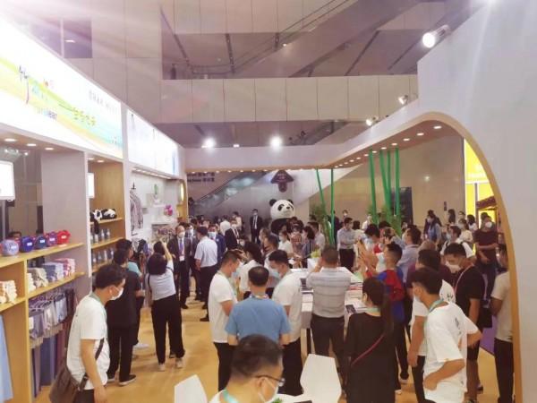 深圳天竹亮相2020大湾区国际纺织服装服饰博览会