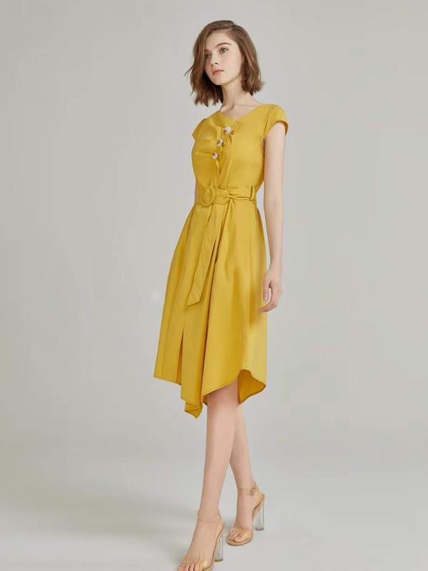 打造优质时尚服装 臻色调品牌女装让你随心挑选