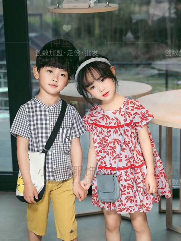 选择儿童品牌服装加盟 开童装加盟店应该注意哪些