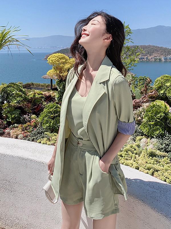 音菲梵品牌女装:夏日炎炎 新品上线展现你独特魅力