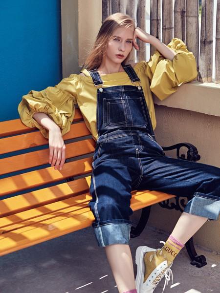 华丹尼女装秋季新品 气质如兰穿出你的气质