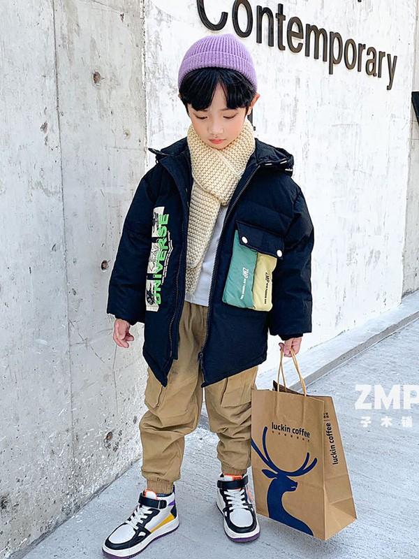 �和�棉服穿搭指南 小神童童�b穿出�r髦感