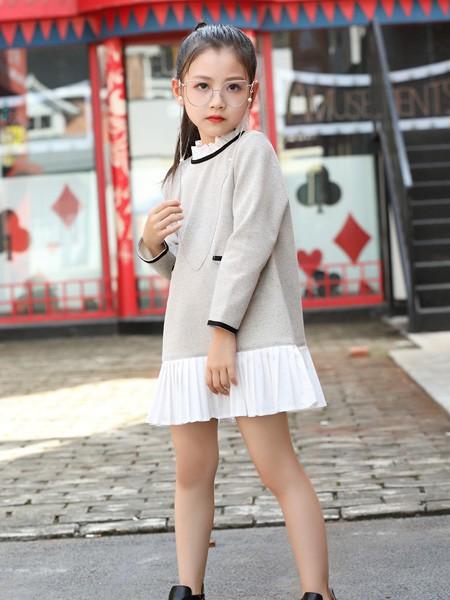 新年时髦装扮 巴迪小虎教你如何给孩子穿