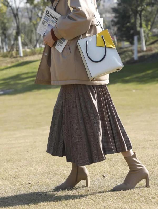 伊诗麦凡女装品牌 让你轻松拥有好衣品