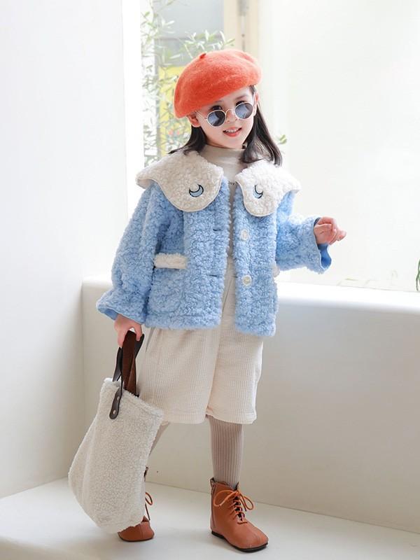 5岁小女孩穿什么颜色的卫衣好看?羊羔毛外套搭配什么裤子?