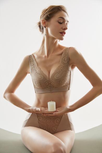 内衣新品上市 菲黛尔艾草系列 健康养胸首选菲黛尔