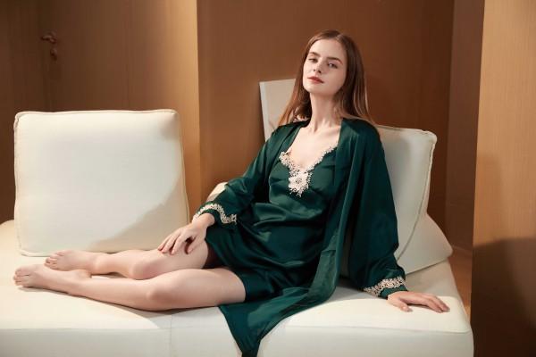"""闺秘:一个""""00""""后内衣加盟品牌,深受年轻投资者喜欢"""