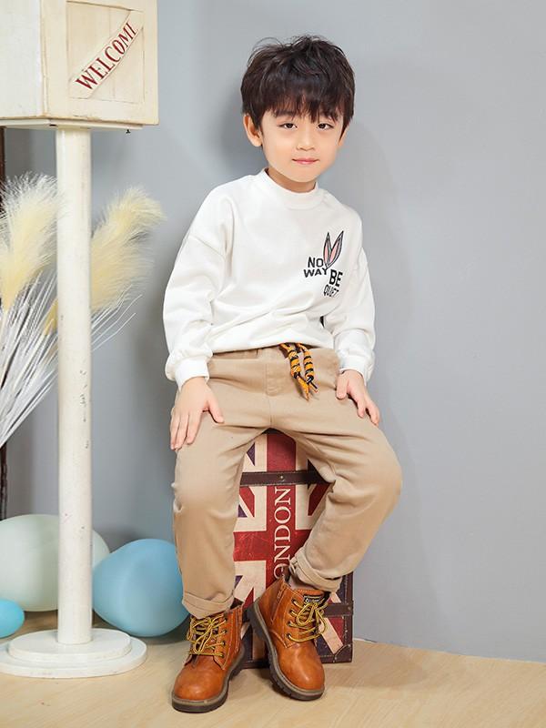 童装加盟店选址要注意什么?艾宝依童装品牌具有什么加盟优势?