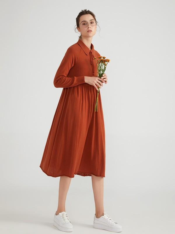 简单素净的连衣裙 更适合在温柔的春天穿