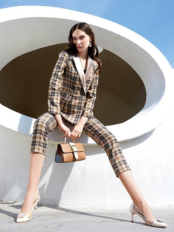 夏天格子连衣裙和格子套装哪款更适合你