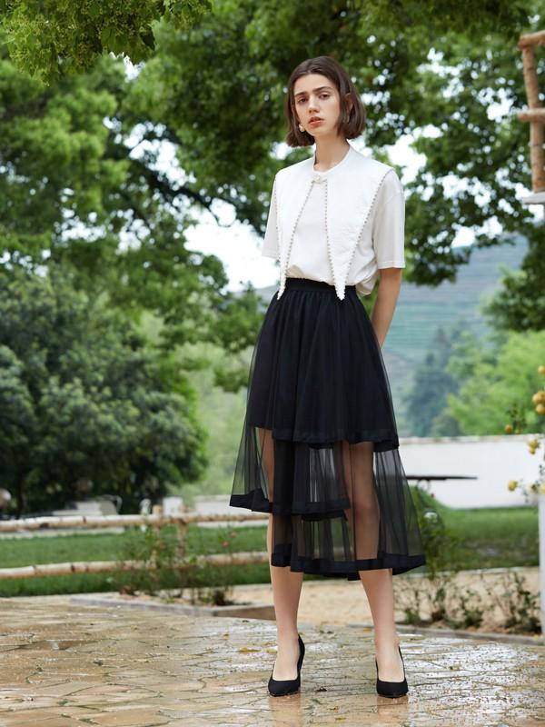 精致浪漫的半身裙 让你的穿搭更具魅力
