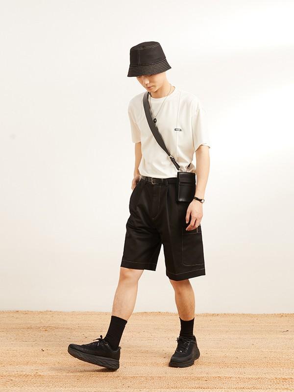 男生夏季清爽的穿搭 男生穿T恤加短裤很适合夏天