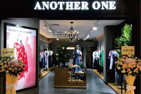 女装店装修设计需要考虑哪些问题 这几点要注意!