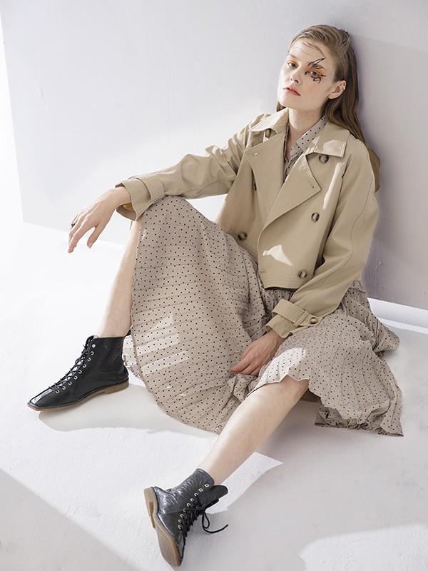 今年秋天最流行的三款内搭和风衣 时髦到犯规