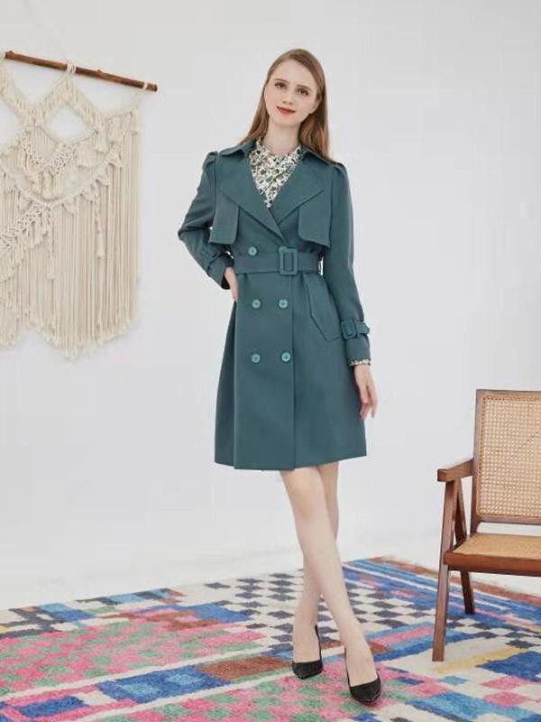 女生秋季外套这样搭配优雅气质又大方