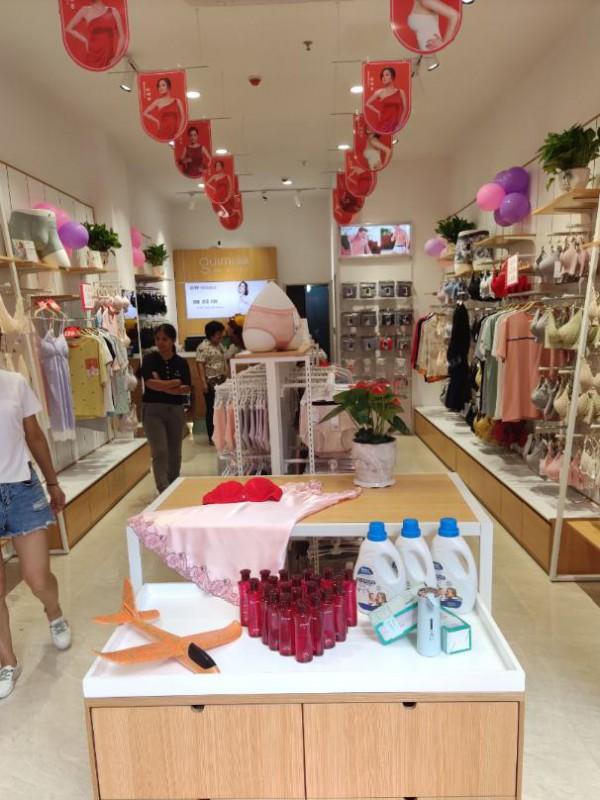 闺秘内衣加盟商新店开业丨零经验起步生意也能越做越火