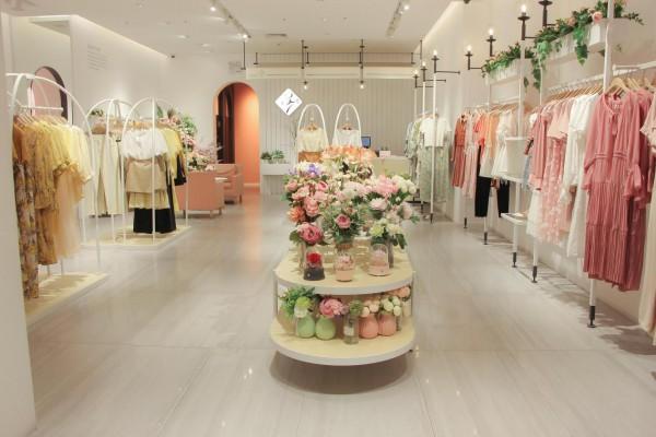 2021年开女装店如何提高竞争力?加盟37°生活美学优质服务!
