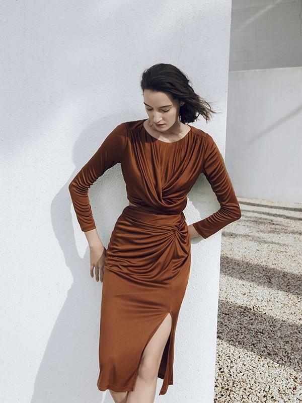 气质女神袁泉基础款教你穿出高级感!30+女性怎么穿?