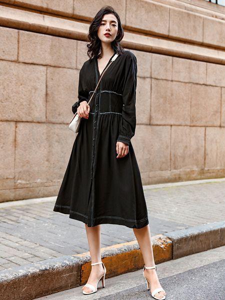 辛芷蕾洋气少女风穿搭鉴定完毕 是时髦女生喜欢的style快学起来吧