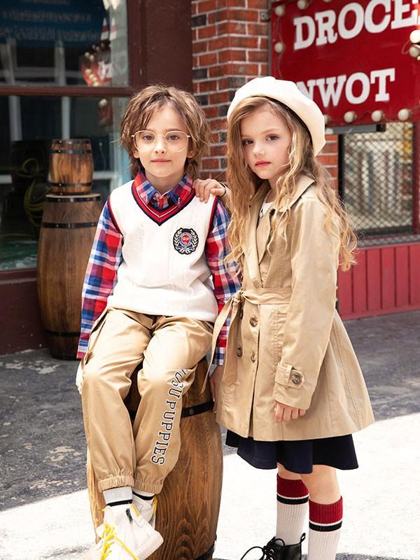 美式风格男孩要怎么搭配?红白蓝格子衬衫搭配什么衣服