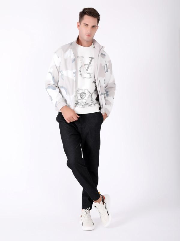 男生穿什么风格比较受女孩子喜欢?运动风怎么搭配?
