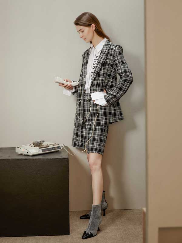 看了杨颖baby的穿搭才知道格子装可以穿的如此高级