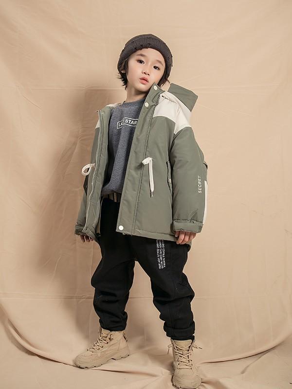 和明星的宝贝学穿搭 这几件秋冬单品值得入手!