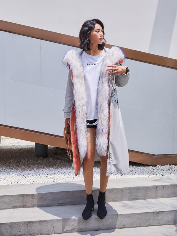 杭州西树影黛品牌专业羽绒服派克服一手货源