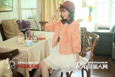 莉雅莉萨 韩版淑女风女装品牌加盟不二之选