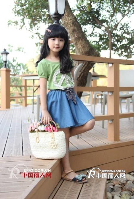 活泼可爱,聪明调皮的小孩则是整剧的点缀,想让自己的小孩和韩剧小明星