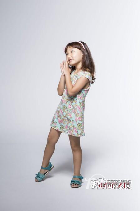 安娜爱登韩版童装有旗袍