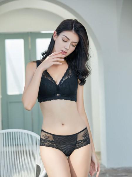 性感内衣的推荐 有哪些好看的黑色的内衣