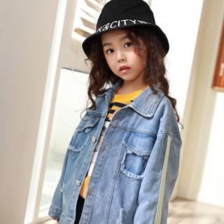 一般的牛仔外套太单调 小女孩的秋季必备时装有哪些