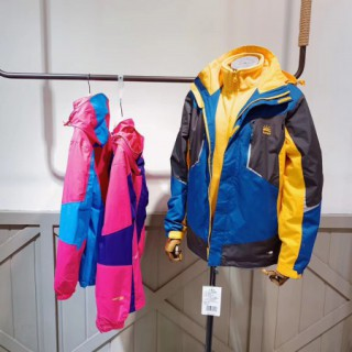 太陽石童裝 三合一沖鋒衣青少年品牌折扣童裝批發貨源