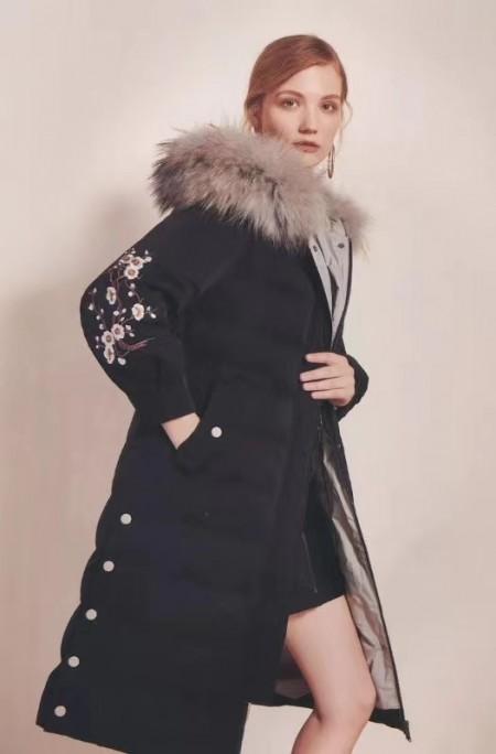 """芝麻e柜女裝品牌""""輕奢、輕潮、輕優"""",獨具一格的服裝風格"""