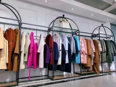 時尚女裝加盟 品牌女裝加盟好項目 芝麻E柜 淘衣島招代理