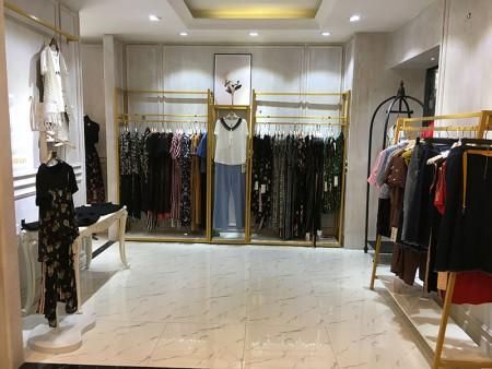 如何解决服装库存 服装如何卖出去呢?