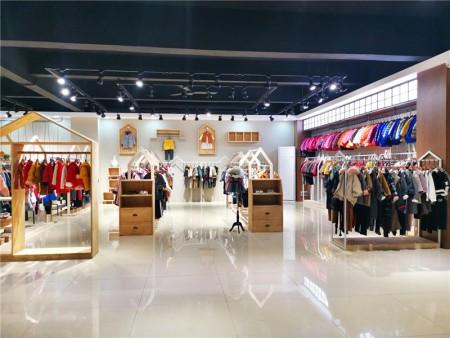 服装市场分析:2020年品牌童装折扣尾货会创新高